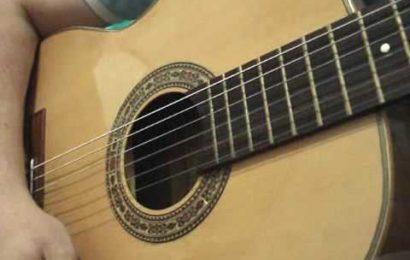 Video aula de violão – rítmo com o uso de palhetas