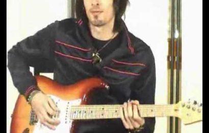 "Video aula de guitarra – como tocar ""Another Brick in the Wall"" – Pink Floyd"