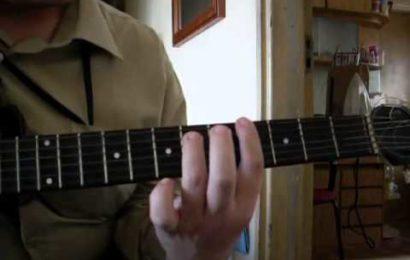 """Video aula de violão – Como Tocar a Música – """"Zóio de Lula"""